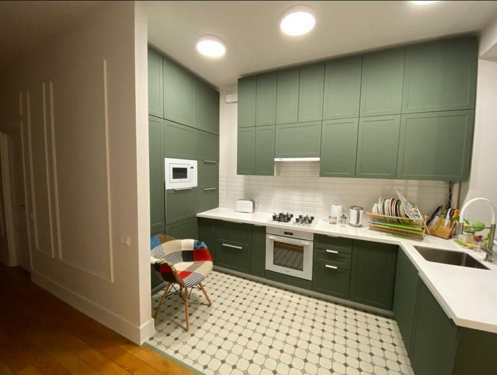 Кухонный гарнитур Квадро 3.8м высота верха 90см